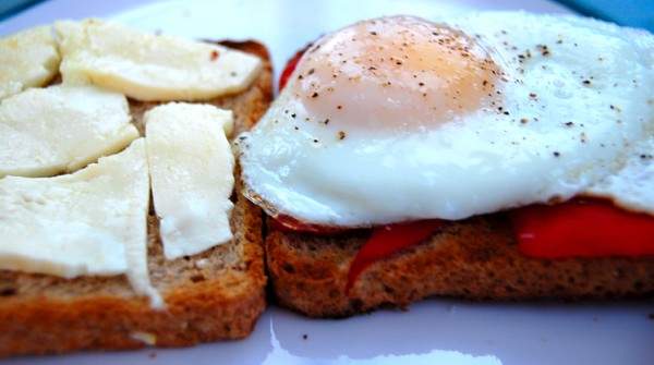 open egg sandwich