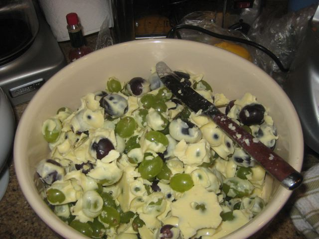 White Chocolate-Coated Grapes