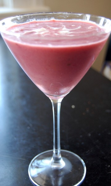 peach-blackberry-banana-smoothie-2-360-x-600.jpg