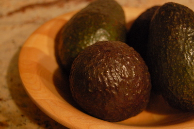 avocado_basket