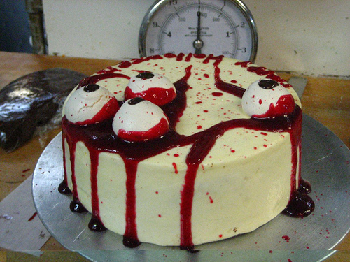 bloody eyeballs cake