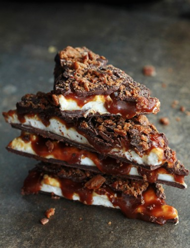 Whiskey Marshmallow and Caramel Bacon Bark_Endless Simmer