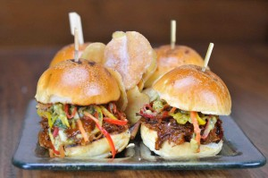 01_Pulled Pork Sliders_0327