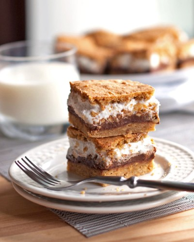 Peanut Butter Smores With Strawberry Marshmallows And ...