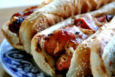 bacon-wrapped-hot-dogs