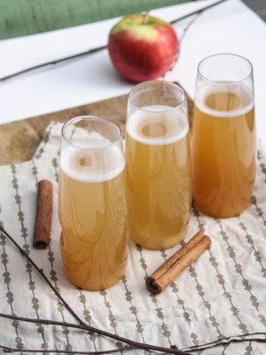 Spiced Apple Cider Cocktail