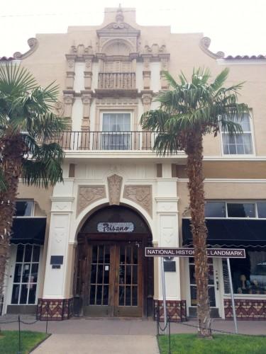 Marfa Paisano Hotel Entrance