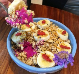 Blenders and Bowls Pitaya Bowl