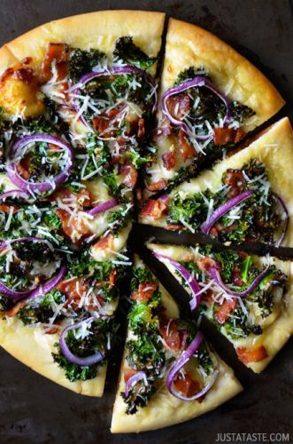 es-best-garlicky-kale-bacon-pizza-recipe-copy